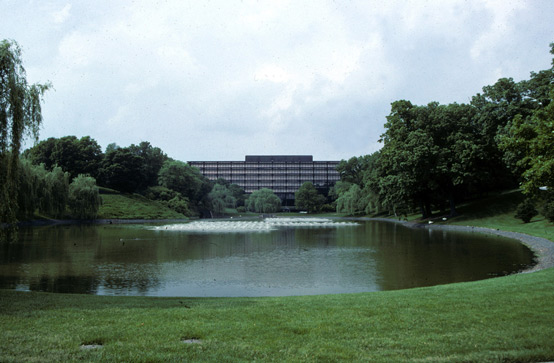 The entry view of the Deere & Company Administrative Center, the quintessential corporate estate. Used on countless publications including annual reports, corporate brochures, and now websites, the Administrative Center became the icon of the global corporation for both internal and external audiences.
