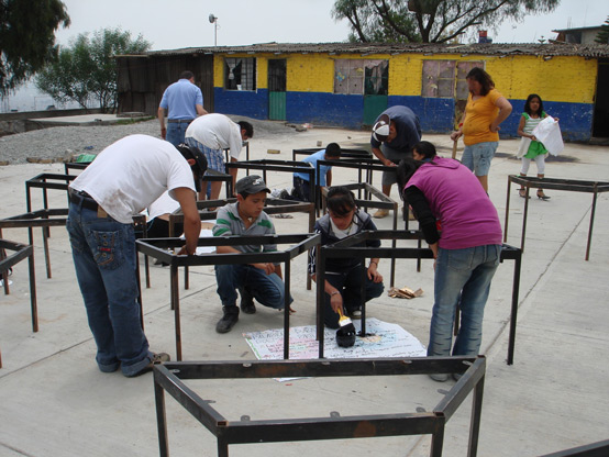 Constructing school furniture for rural schools (Mexico City Chapter)