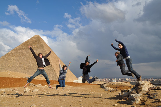 Berkeley students visit the Giza Pyramids during a break from the workshop.