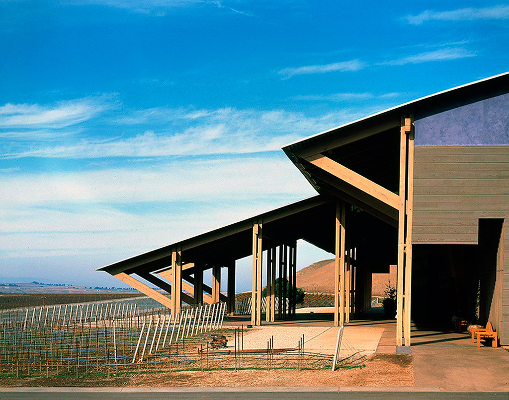 Scott-Johnson-Bryon-Winery